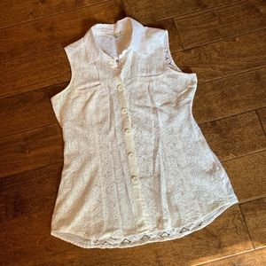 CAbi Lace Sleeveless Button Down Top, S